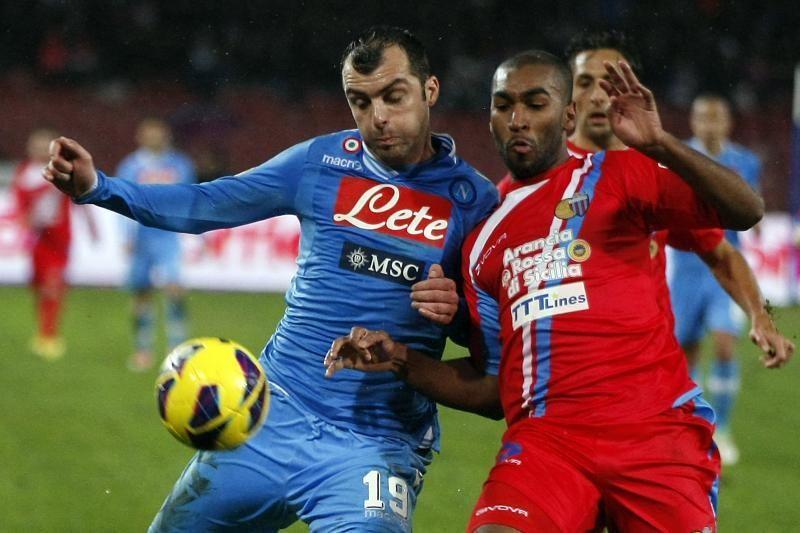 """Italijoje""""Napoli"""" pagal taškus pasivijo lyderį """"Juventus"""""""