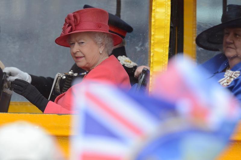 Britų karalienės valdymo jubiliejaus šventes temdo įtampa