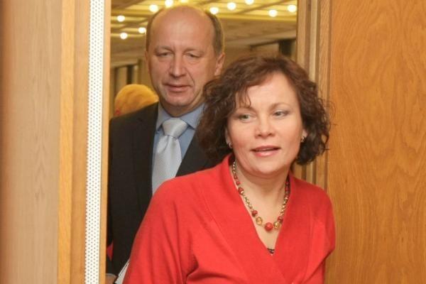 Valdžios dalybas stabdo Seimo pirmininko postas
