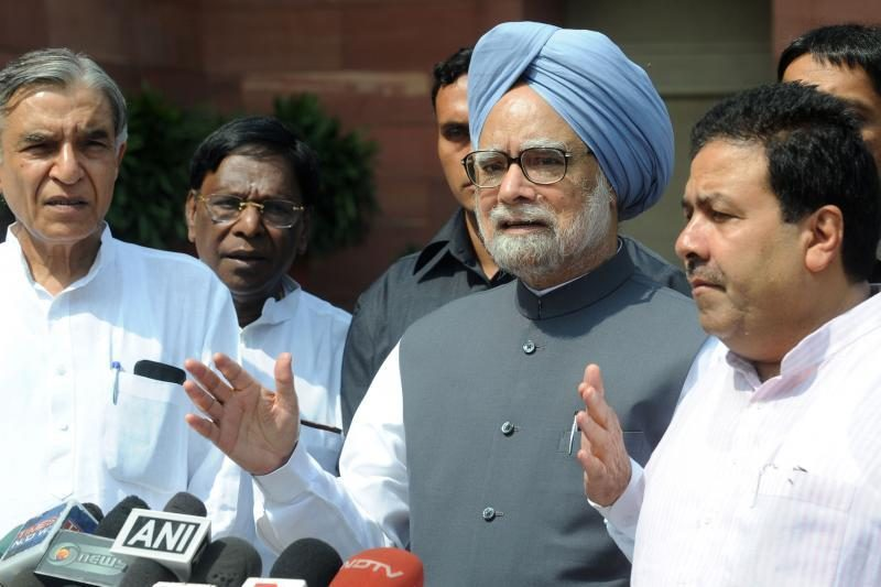 Obama Indijos premjerui Singhui pareiškė užuojautą dėl sikhų žuties