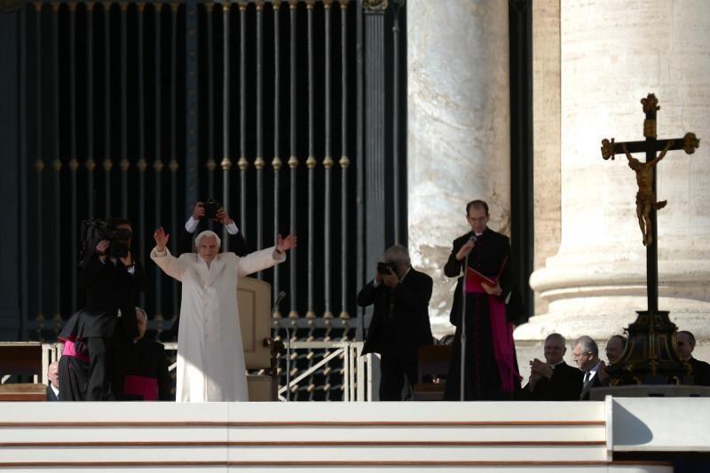 Kardinolai dėl konklavos datos apsispręs vėliau penktadienį