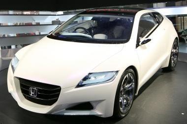 """""""Honda CR-Z"""" paklausa viršijo lūkesčius"""