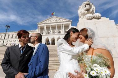 Portugalijoje įteisintos gėjų santuokos