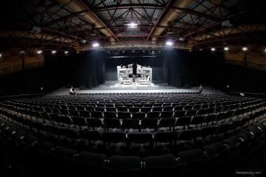 Teatro arena nuo šiol vadinsis Ūkio banko teatro arena