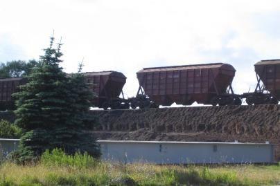 Po traukiniu žuvo traktorininkas
