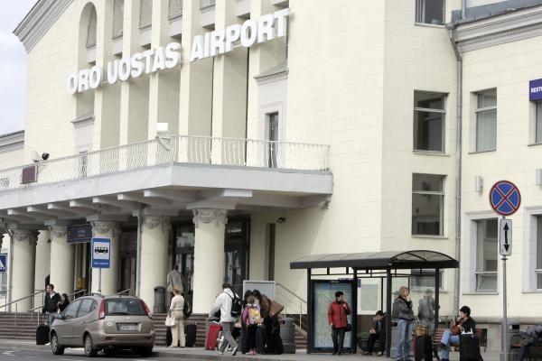 Sklandus Lietuvos oro uostų darbas dar neatkurtas (papildyta 12.45 val.)