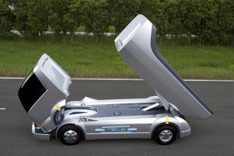 """Mitsubishi Fuso Canter"" švenčia 50-metį"