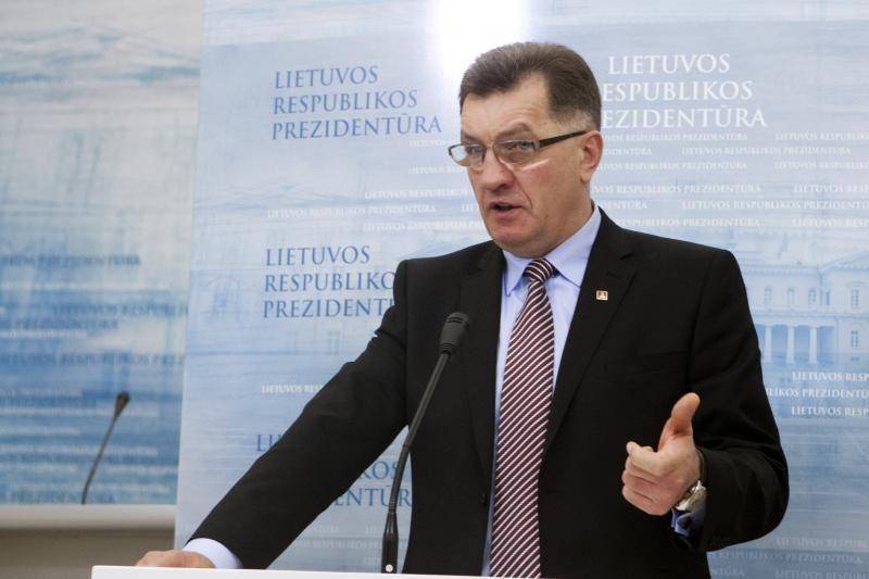 A. Butkevičius: tikiuosi, mūsų Vyriausybė įves eurą