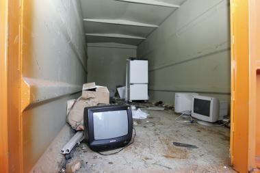 Klaipėdiečiai pasigedo konteinerių elektrotechnikai