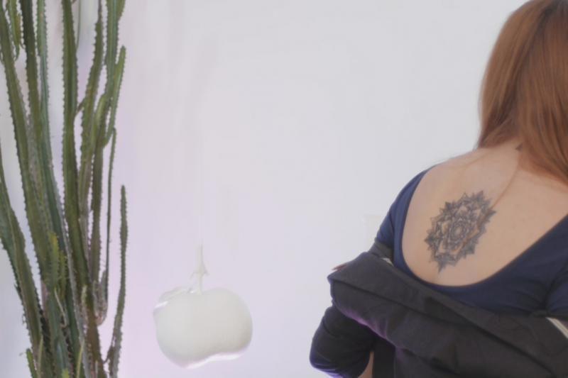Vestuvių planuotoja: tatuiruotės darymasis - skausmingesnis už gimdymą