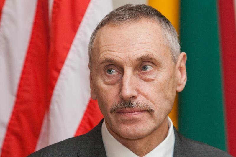 """A. Sekmokas: ieškinys """"Gazprom"""" - atsakas į nenorą derėtis"""