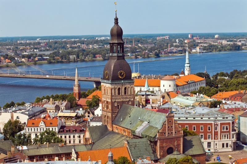 Latvija nepageidaujamais paskelbė du rusų istorikus