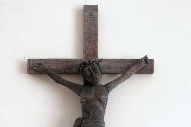 Kryžiai mokyklose: reiškiama atskiroji nuomonė dėl Nukryžiuotojo atvaizdų