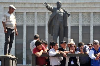 Kirgizijoje - nauji neramumai