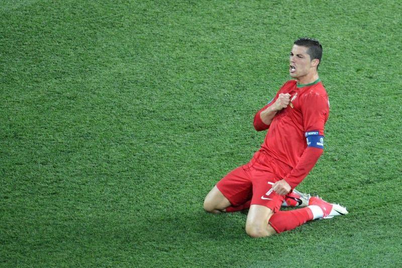 Dėl geriausio futbolininko apdovanojimo varžysis trys žvaigždės