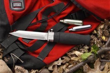 Dovanėlė narams – ryklius žudantis peilis