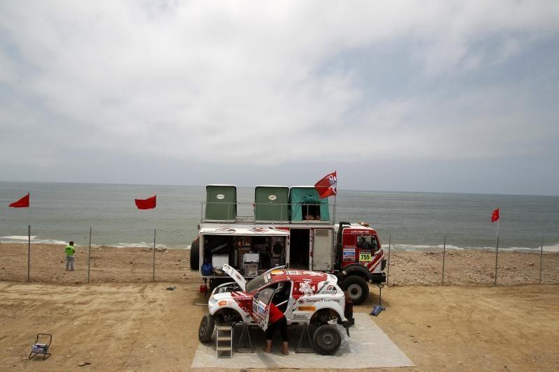 Dakaro ralio dešimtajame etape B. Vanago ekipažas finišavo 76-as