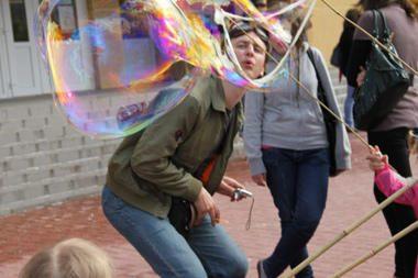 Ukmergė skendėjo burbuluose