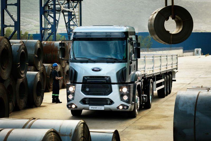 """""""Ford Trucks"""" tikslas – didysis vilkikų gamintojų aštuonetas"""