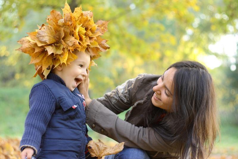 Motina dvejus metus mergaitę augino kaip berniuką