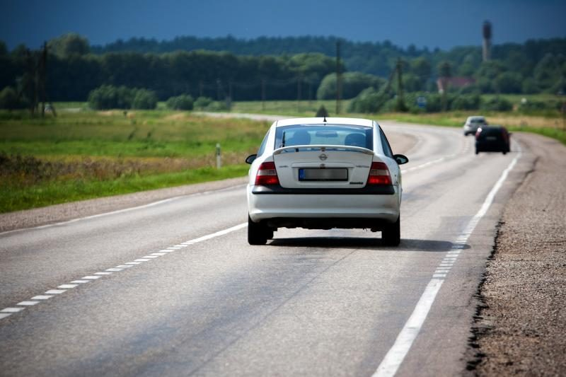 Nuo pasieniečių sprukusi studentė prarado vairuotojo pažymėjimą