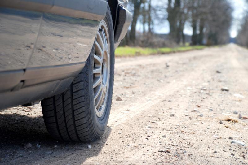 Kelią į Kazlų Rūdą asfaltuos sulaukę finansinės pagalbos
