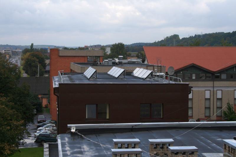 """""""Kauno energijoje"""" pradėjo veikti pirmasis saulės kolektorius"""