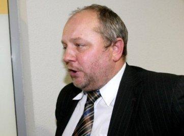 Skandalais pagarsėjęs politikas vėl veržiasi į Seimą