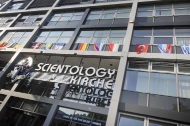 Paslaptingieji scientologai prisivirė košės Prancūzijoje