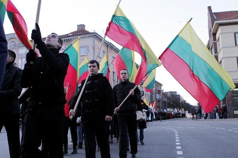 Kovo 11-ąją vėliavos Klaipėdoje pleveno ne virš visų namų