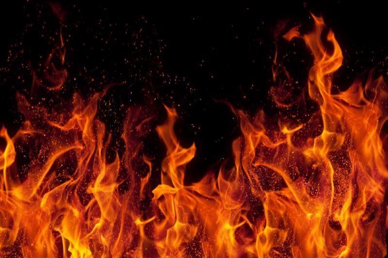 Vilniuje, kaip įtariama, padegtas namas