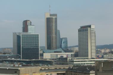 Vilniaus savivaldybėje neliks 300 darbuotojų