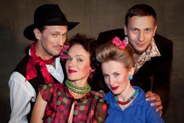 """Šeimos gyvenimas serbiškai - spektaklyje """"Šeimos patarėjas"""""""