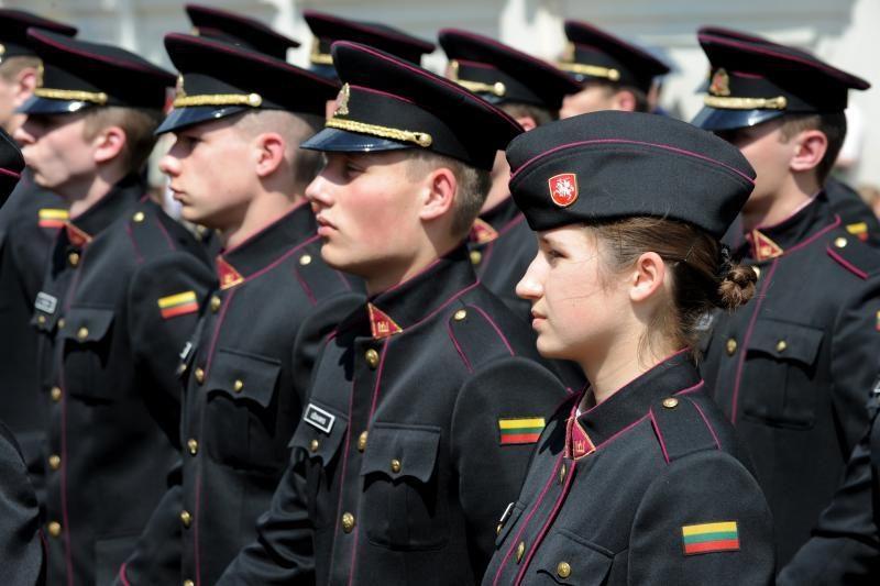 Karo akademija: pabėgusių kariūnų kaltinimai nepasitvirtino
