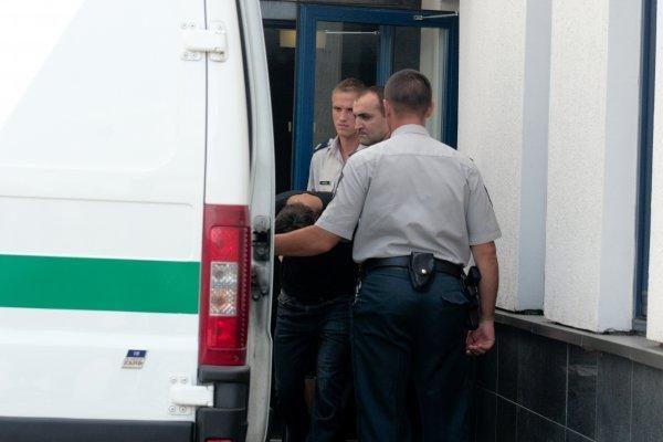 Suimti patruliams pasipriešinę įtariamieji automobilių vagystėmis