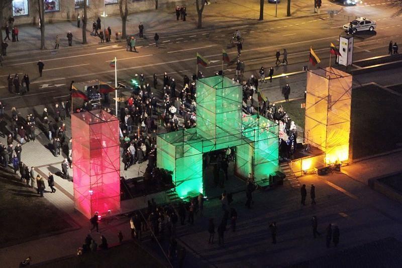 Kovo 11-oji Klaipėdoje: Laisvės tiltas ir įspūdingas koncertas