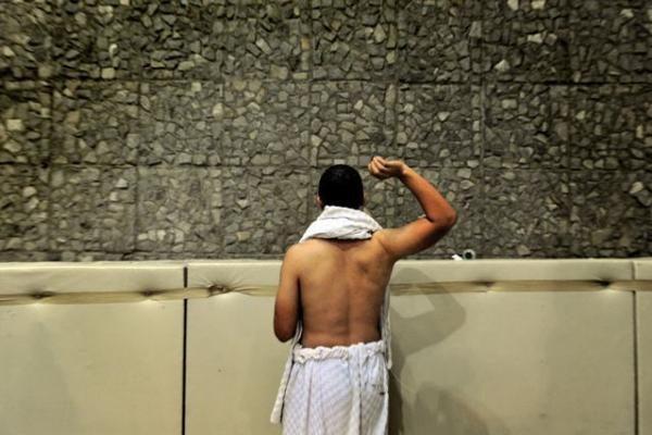 Mirti užmėtant akmenimis pasmerkta iranietė paleista
