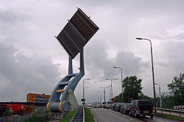 Pakeliamas svertinis tiltas Olandijoje