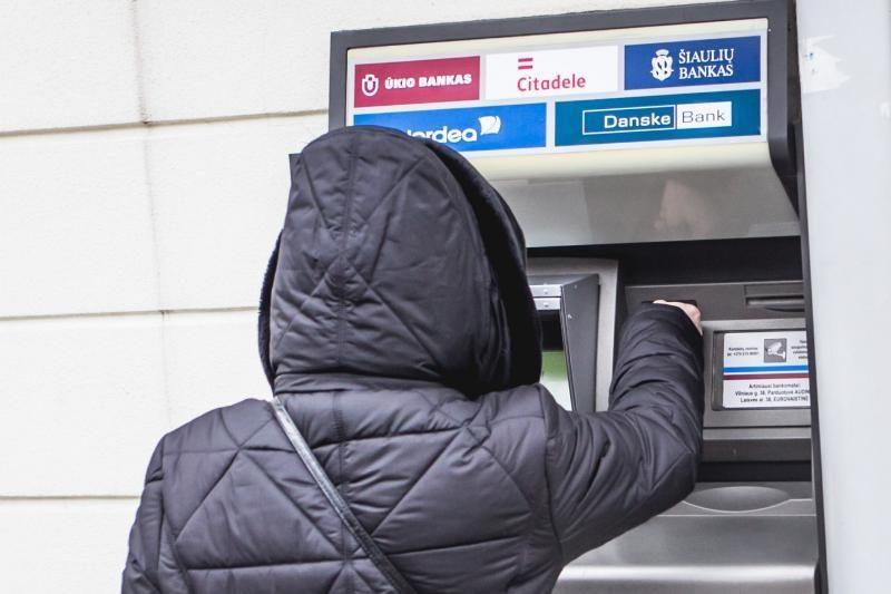 """""""Indėlių ir investicijų draudimui"""" skolins 0,8 mlrd. Lt dėl Ūkio banko"""