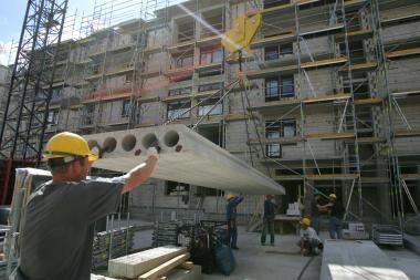 Statytojai išsimokėtinai siūlo ir komercines patalpas