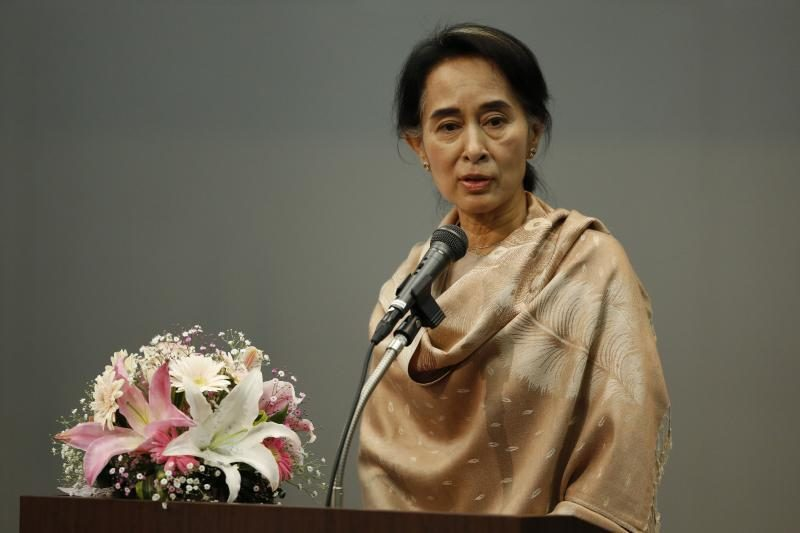 Mianmaro demokratijos šauklė į Japonija atvyko pirmąkart po 27 metų