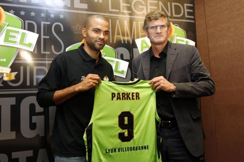 T.Parkeris džiaugiasi grįžimu žaisti į tėvynę