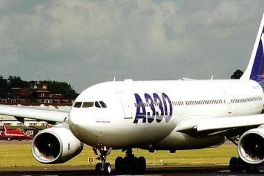 Iš Amsterdamo į Detroitą skrendančiame lėktuve - naujas incidentas