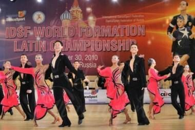 Prezidentė pasveikino šokių kolektyvą