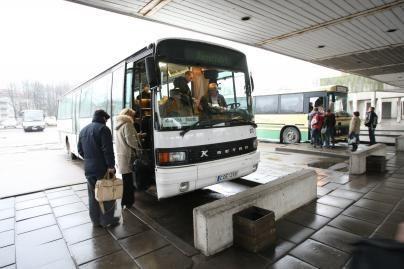 Vežėjai prieš šventes pabrangino autobusų bilietus