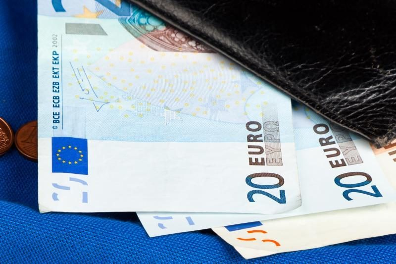 Premjeras: eurą reikia įsivesti kuo greičiau