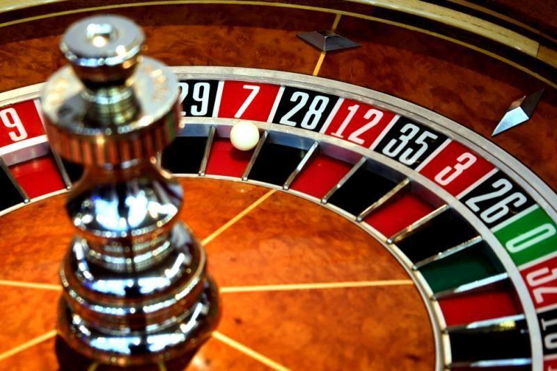 Dar vienų lošimo namų Gedimino prospekte nebus