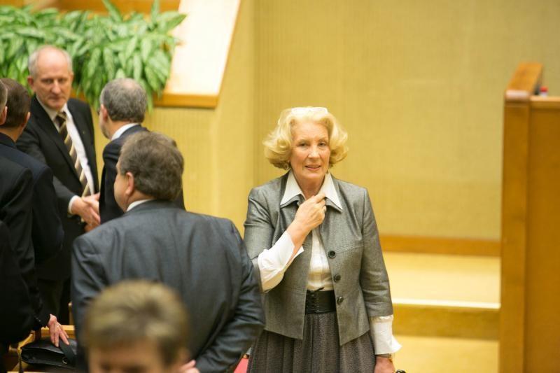 Parlamentarams galvas skauda nuo Seimo rūmų bioenergetikos?