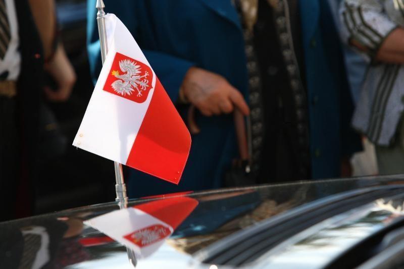 Vilniuje rengiamas mitingas prieš LLRA reikalavimus dėl pavardžių
