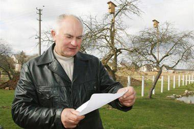 Paukščių mylėtojui – kaimiečių ultimatumas